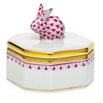 Herend Petite Octagonal Box with Bunny Raspberry Fishnet